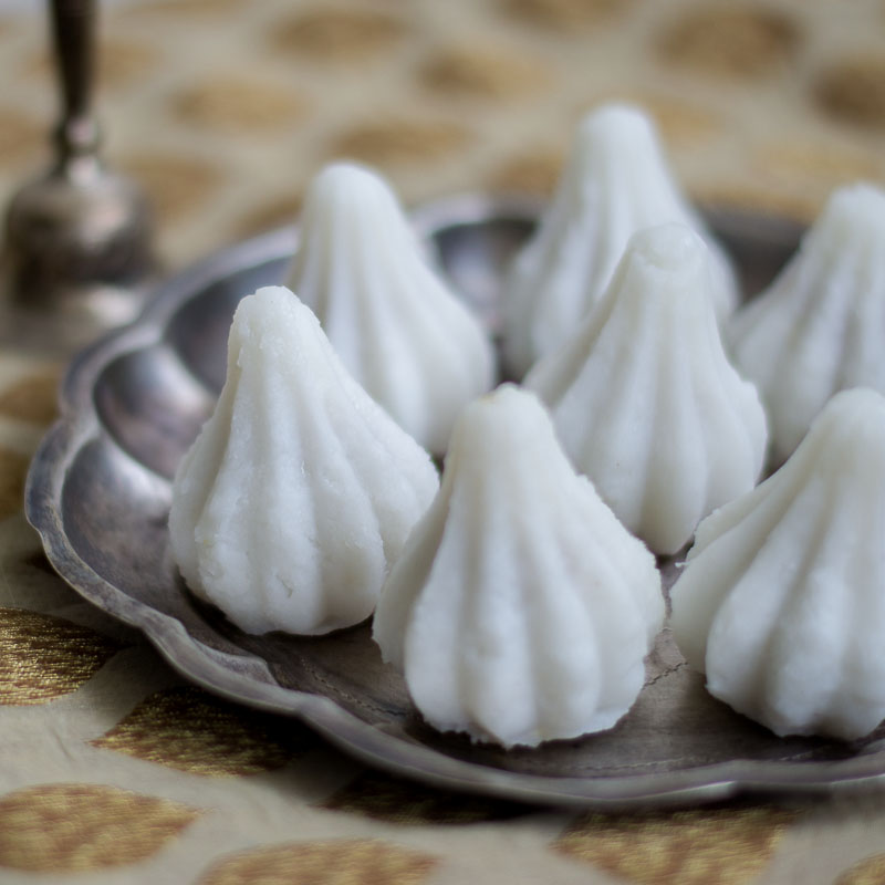 Mothagam - Sweet Coconut Kozhukattai for Vinayagar Chathurthi