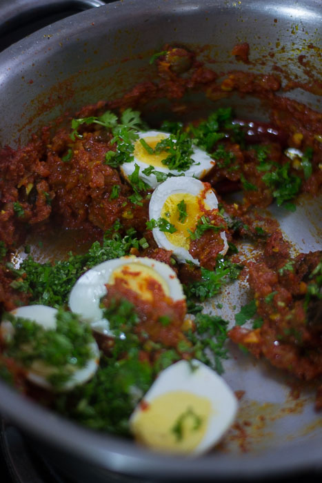 Kerala-spicy-naadan-egg-roast-mutta-roast