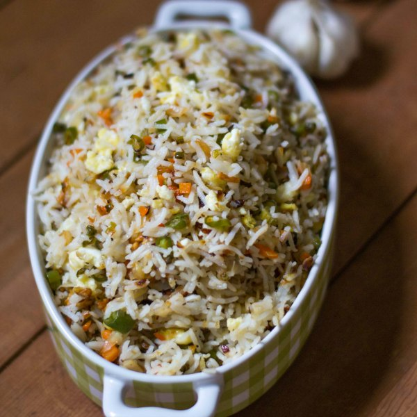 burnt-garlic-vegetable-fried-rice-indo-chinese