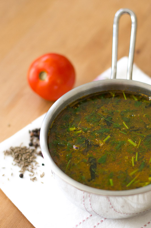 south-indian-Tomato-rasam-with-rasam-powder-garlic-tamil-recipe-1-3
